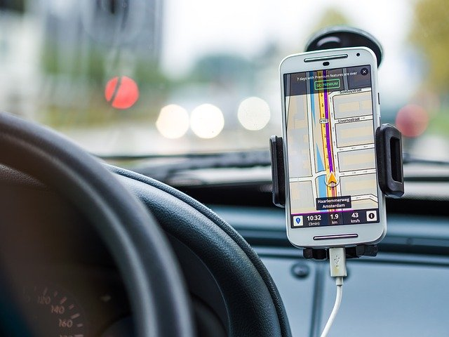 GPS navigace v automobilu