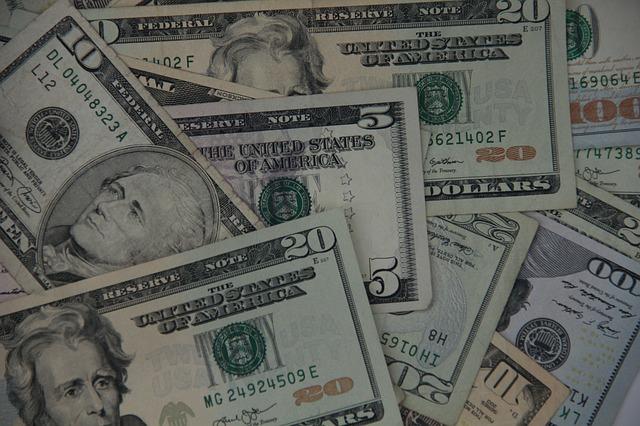americké bankovky, detail